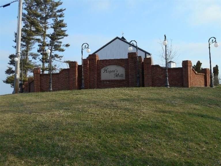 124 Wood Gate - Photo 1
