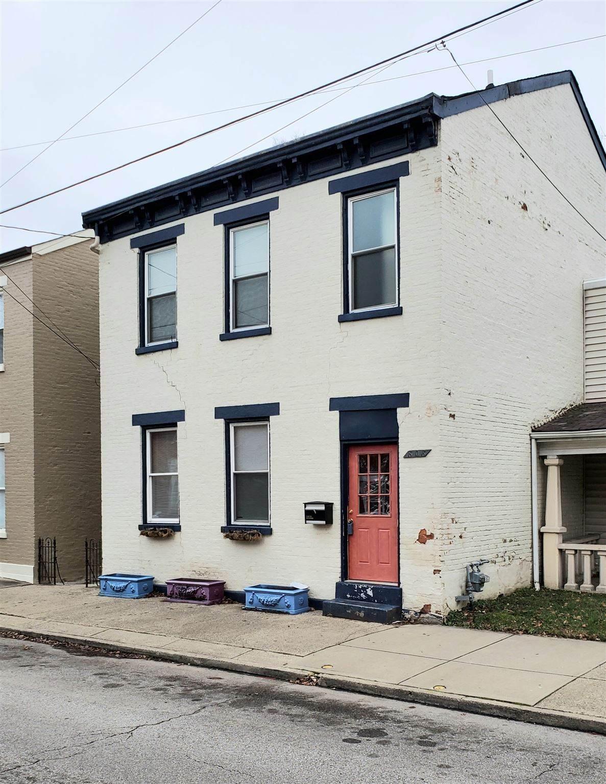 808 Saratoga Street - Photo 1