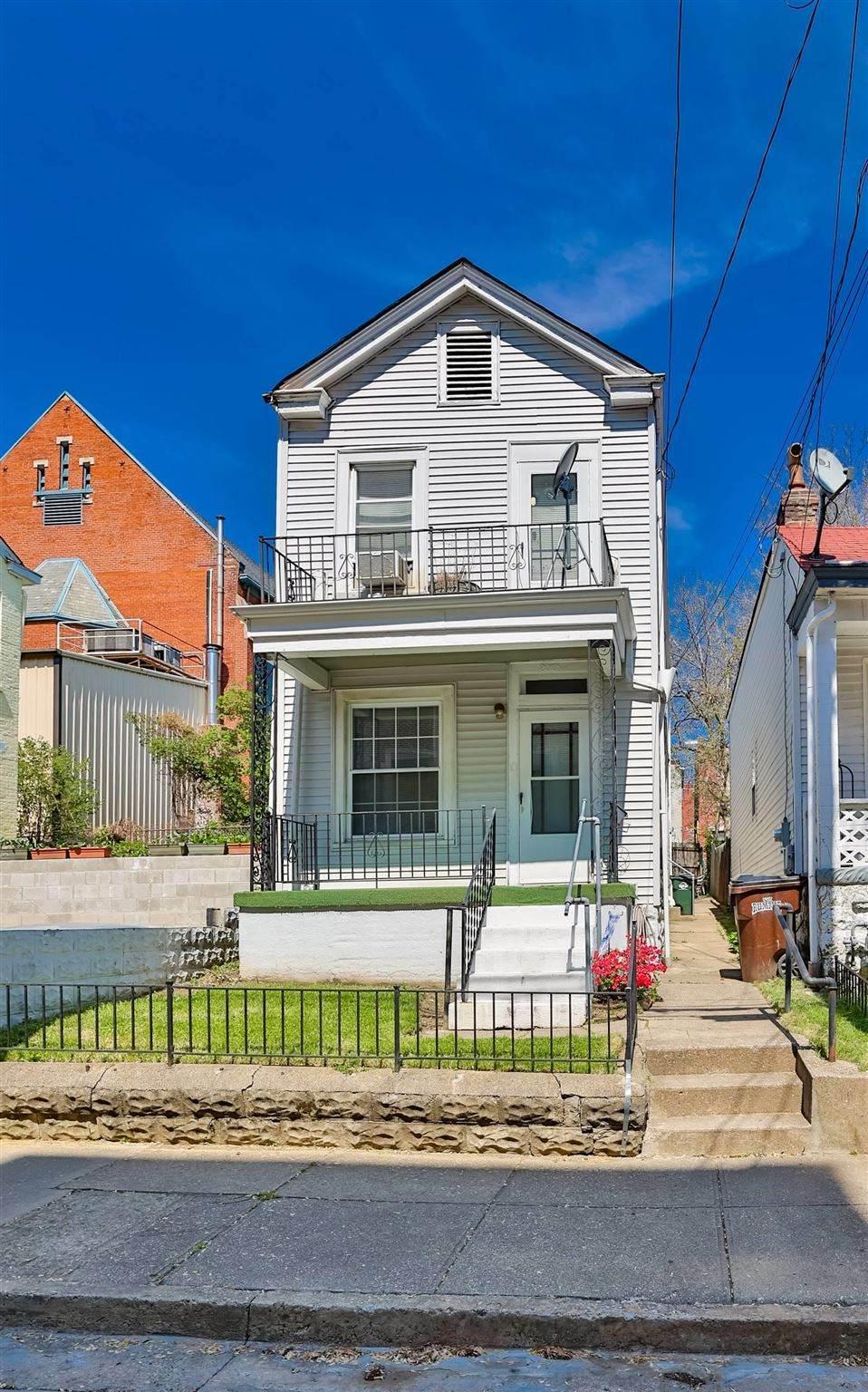 805 Putnam Street - Photo 1
