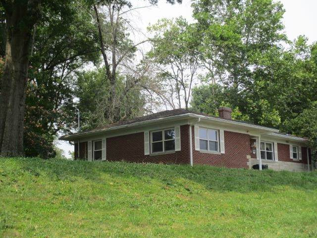 707 Robbins Avenue, Falmouth, KY 41040 (MLS #551344) :: Parker Real Estate Group