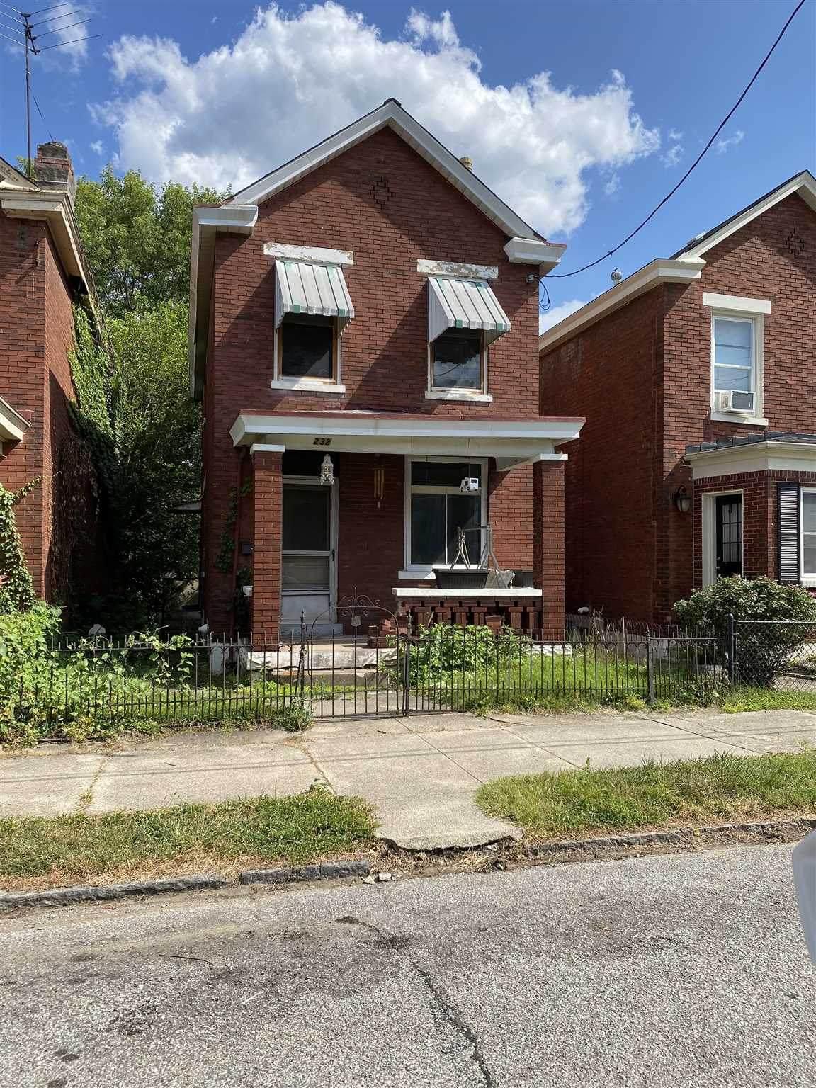 232 Retreat Street - Photo 1