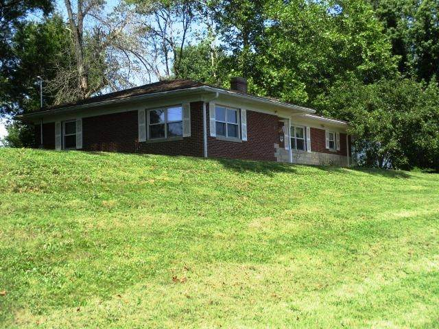 707 Robbins Avenue, Falmouth, KY 41040 (MLS #553012) :: The Scarlett Property Group of KW