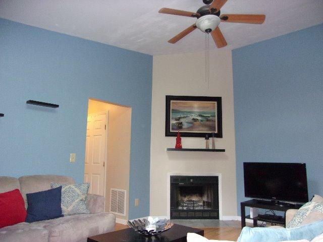 4 Highland Meadows Drive #9, Highland Heights, KY 41076 (MLS #450849) :: Missy B. Realty LLC