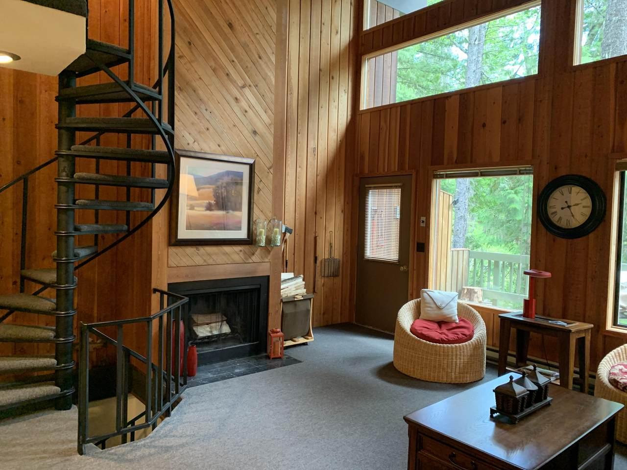 93 Cedar Way - Photo 1