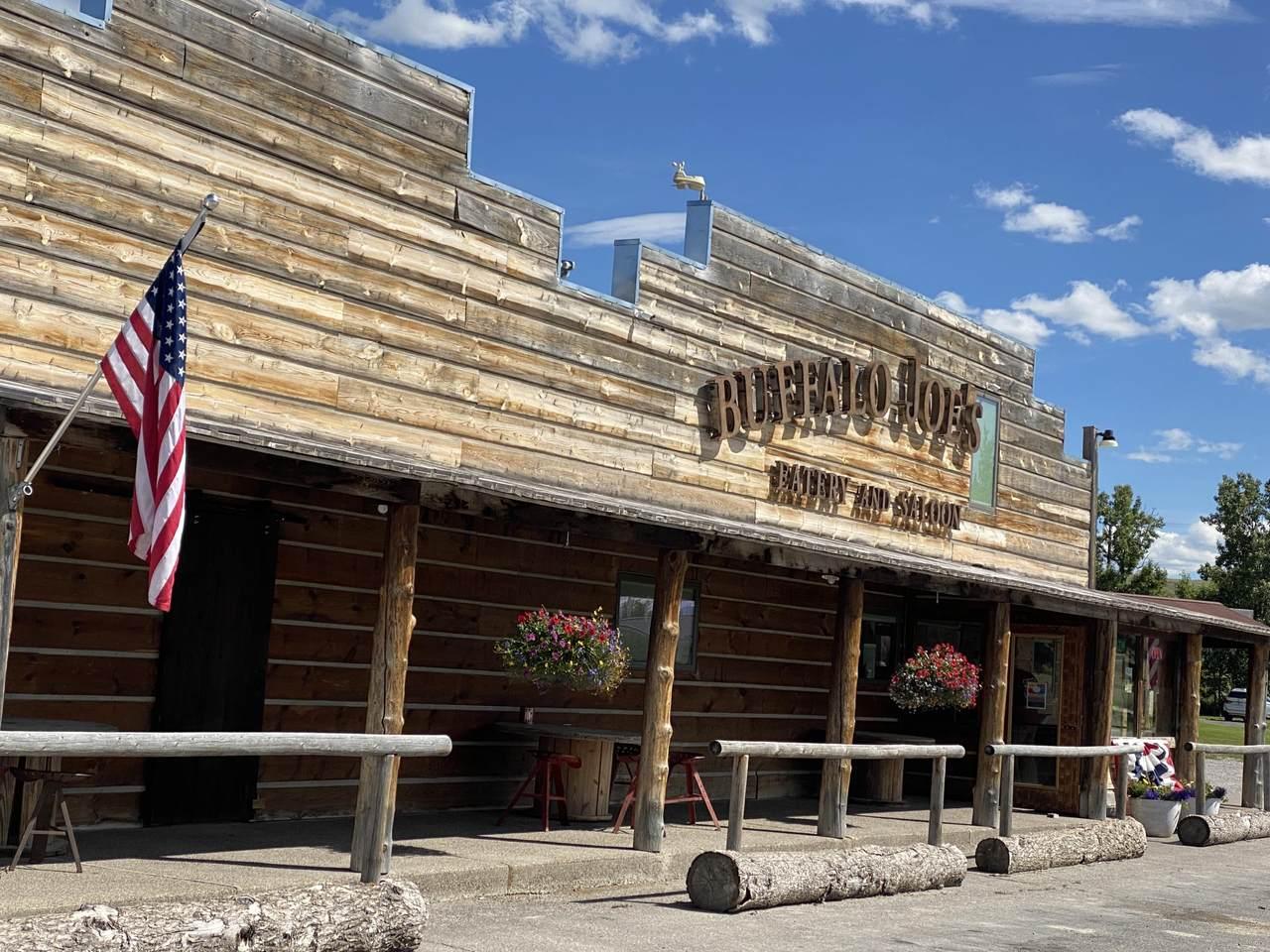 211 Montana Street - Photo 1