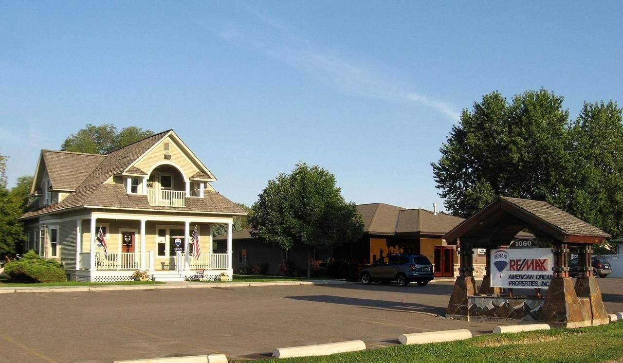 1060 Meridian Road - Photo 1