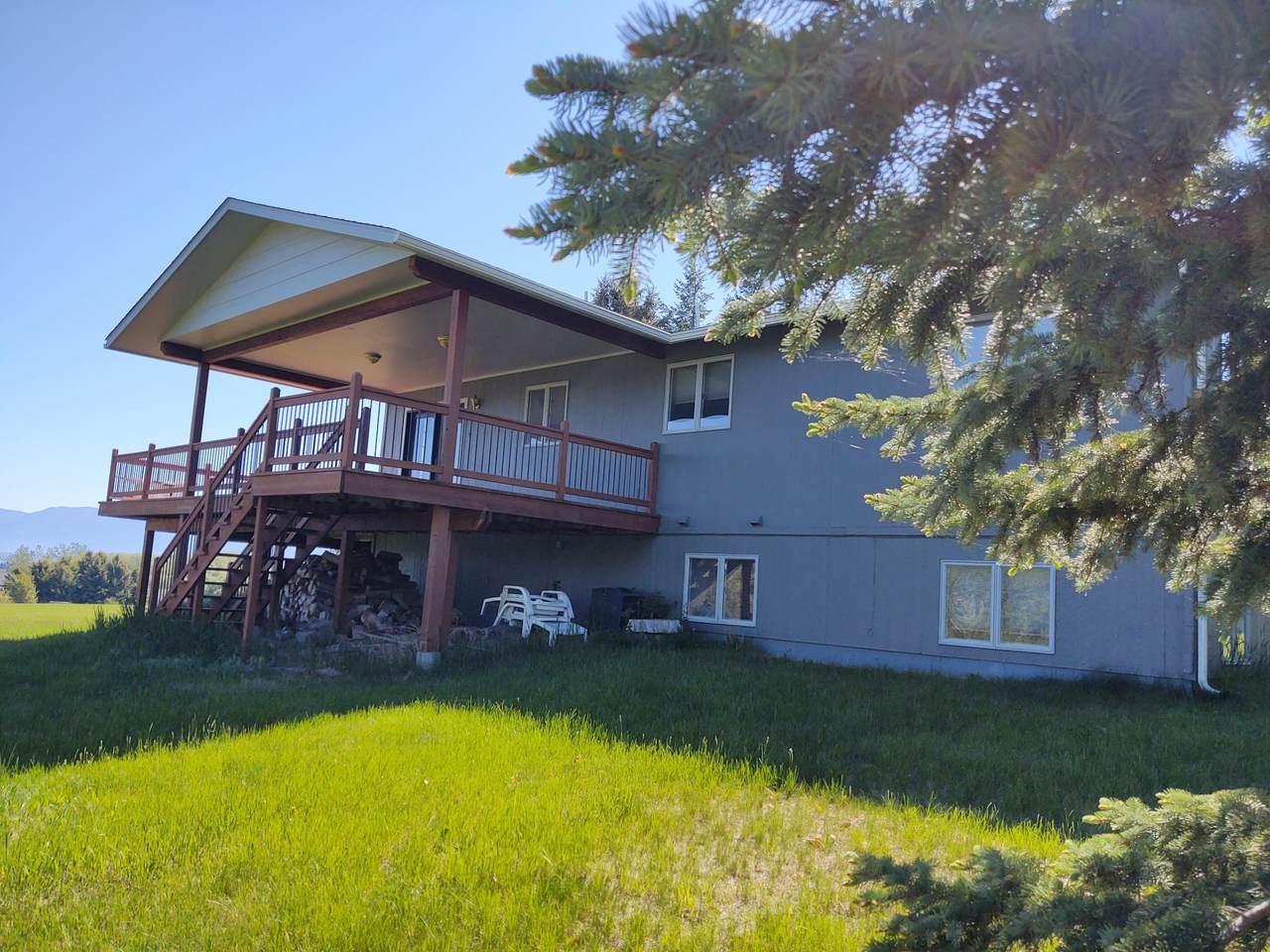 39280 Lakeview Drive - Photo 1