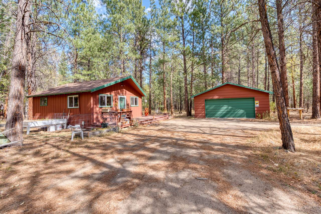 438 Rippling Woods - Photo 1