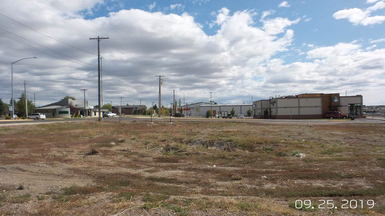 324 Smelter Avenue - Photo 1