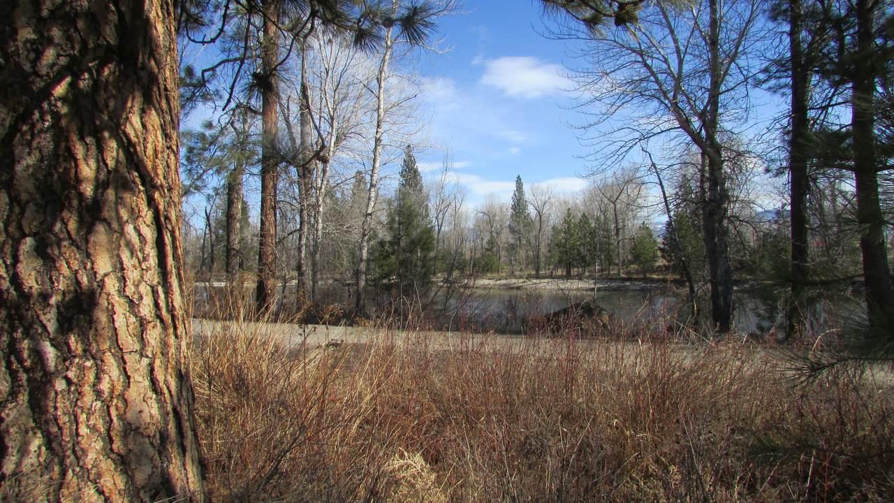 3919 Stevensville River Road - Photo 1