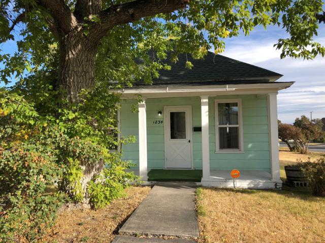 1834 Livingston Avenue, Helena, MT 59601 (MLS #21813914) :: Keith Fank Team