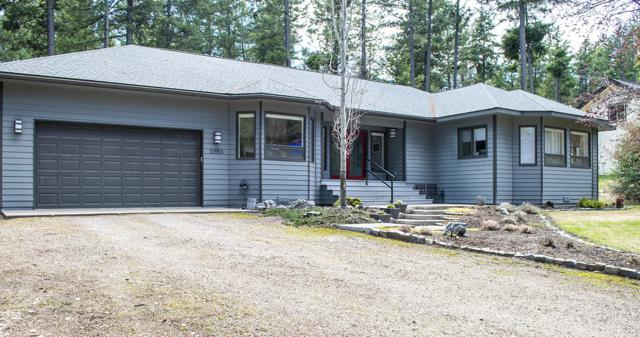 33553 Cherry Lane, Bigfork, MT 59911 (MLS #21904917) :: Loft Real Estate Team