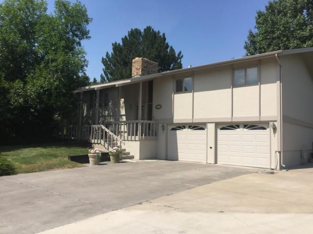 1227 25th Avenue SW, Great Falls, MT 59404 (MLS #21905216) :: Brett Kelly Group, Performance Real Estate