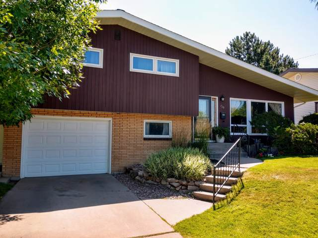 729 46th Street S, Great Falls, MT 59405 (MLS #21918148) :: Performance Real Estate