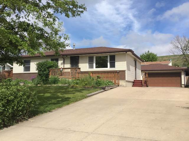 965 Ave D NW, Great Falls, MT 59404 (MLS #21918881) :: Performance Real Estate