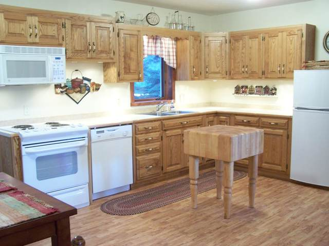1225 Foothill Road, Kalispell, MT 59901 (MLS #22004248) :: Whitefish Escapes Realty