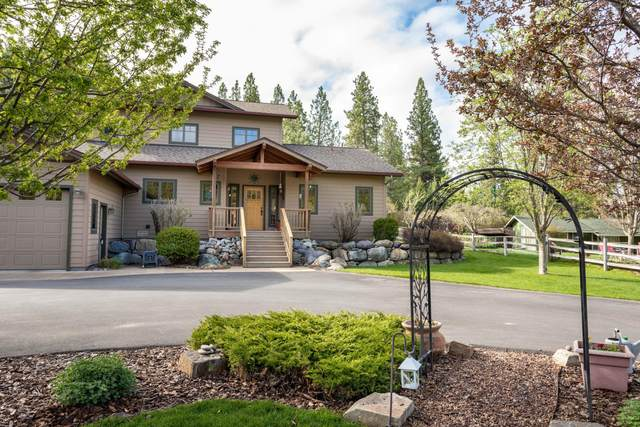 33823 Westview Drive, Bigfork, MT 59911 (MLS #22007126) :: Whitefish Escapes Realty