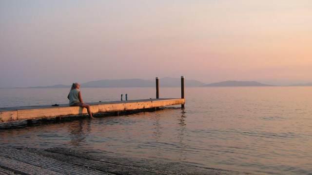 31937 Lake Retreat Lane, Bigfork, MT 59911 (MLS #22007414) :: Whitefish Escapes Realty