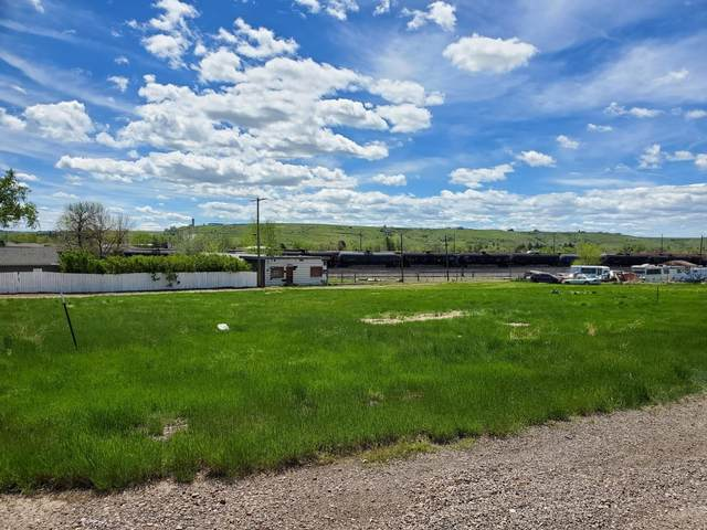 1302 1st Avenue SW, Great Falls, MT 59404 (MLS #22007568) :: Andy O Realty Group