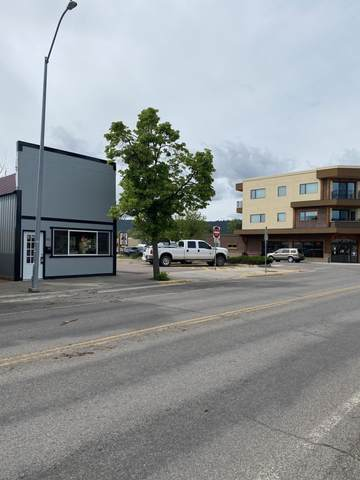142 2nd Street W, Kalispell, MT 59901 (MLS #22007693) :: Whitefish Escapes Realty