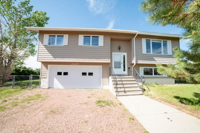 2829 Wells Fargo Drive, Great Falls, MT 59404 (MLS #22007824) :: Dahlquist Realtors