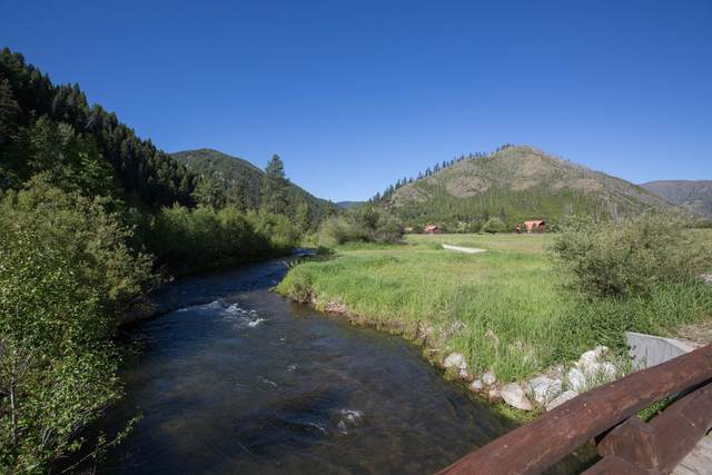 9975 D West Fork Road, Darby, MT 59829 (MLS #22010956) :: Whitefish Escapes Realty