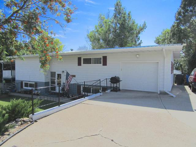 1304 Valley View Drive, Great Falls, MT 59404 (MLS #22012355) :: Performance Real Estate