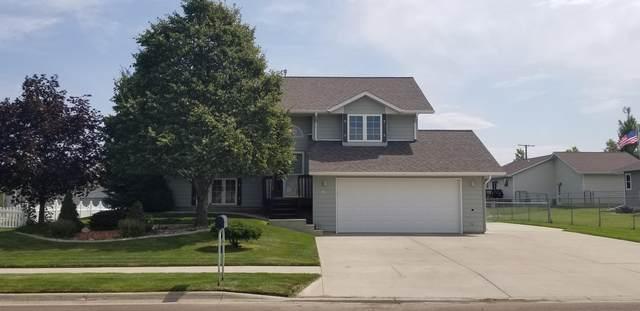 3305 3rd Street NE, Great Falls, MT 59404 (MLS #22012360) :: Performance Real Estate