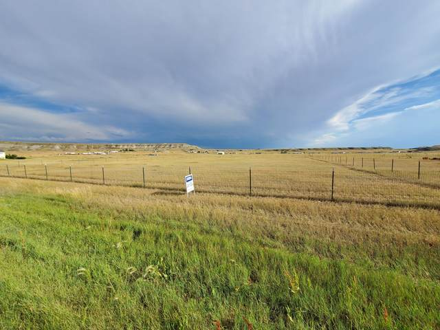 54 E Country Lane, Great Falls, MT 59404 (MLS #22012361) :: Performance Real Estate