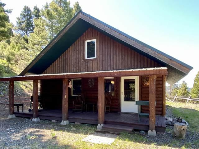 8205 Emery Road, Deer Lodge, MT 59722 (MLS #22013036) :: Montana Life Real Estate