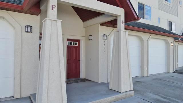 825 Crestmont Way, Missoula, MT 59803 (MLS #22015692) :: Montana Life Real Estate