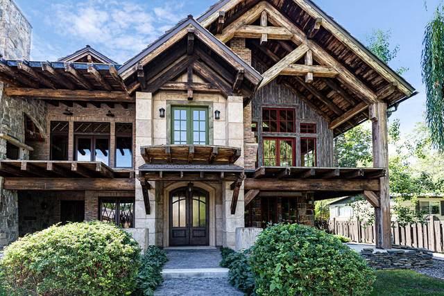 20 Bear Dance Village, Bigfork, MT 59911 (MLS #22017077) :: Montana Life Real Estate