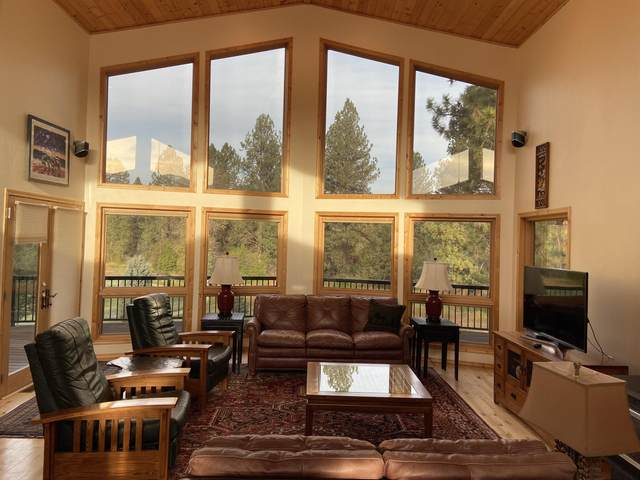 1025 Golf View Drive, Seeley Lake, MT 59868 (MLS #22018314) :: Whitefish Escapes Realty