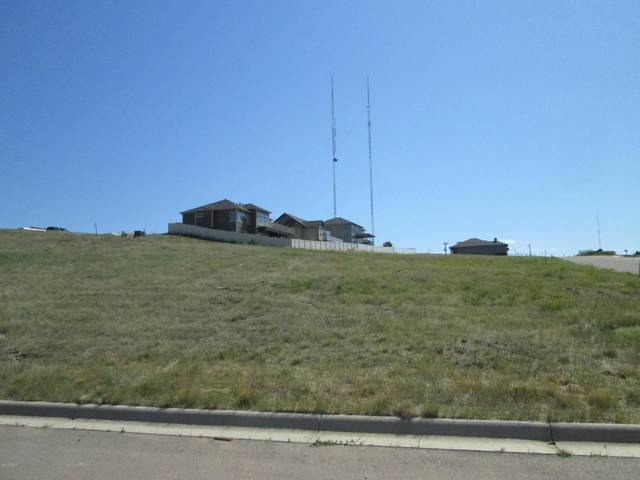 3105 Southview Court, Great Falls, MT 59404 (MLS #22100093) :: Whitefish Escapes Realty