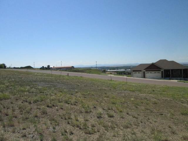 1001 Skyline Drive NE, Great Falls, MT 59404 (MLS #22100097) :: Whitefish Escapes Realty