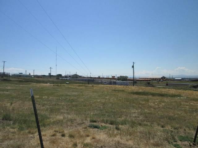 1120 Skyline Drive NE, Great Falls, MT 59404 (MLS #22100102) :: Dahlquist Realtors