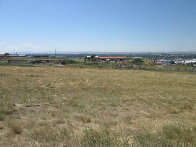 1116 Skyline Drive NE, Great Falls, MT 59404 (MLS #22100103) :: Dahlquist Realtors