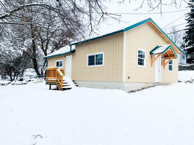 107 Spruce Street, Thompson Falls, MT 59873 (MLS #22101650) :: Performance Real Estate