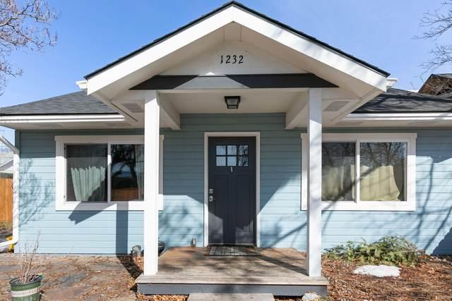1232 Vine Street, Missoula, MT 59802 (MLS #22102747) :: Montana Life Real Estate