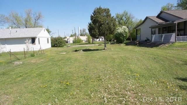 908 7th Avenue S, Great Falls, MT 59405 (MLS #22102953) :: Montana Life Real Estate
