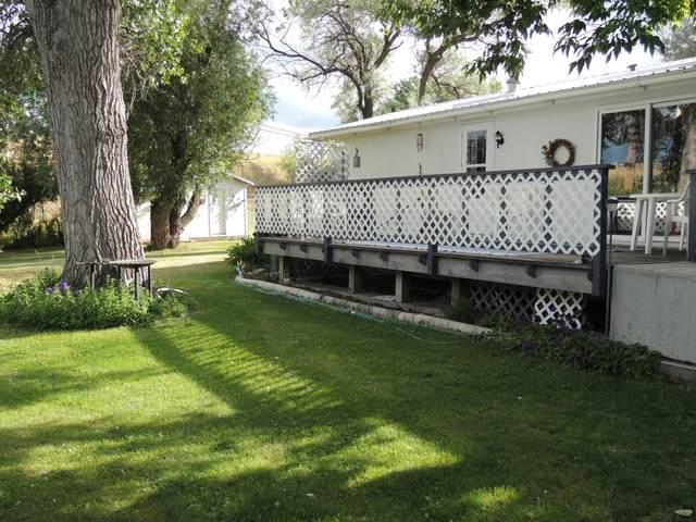 1414 17th Avenue SW, Great Falls, MT 59404 (MLS #22103169) :: Montana Life Real Estate