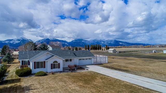 4483 Sunburst Lane, Stevensville, MT 59870 (MLS #22103856) :: Montana Life Real Estate