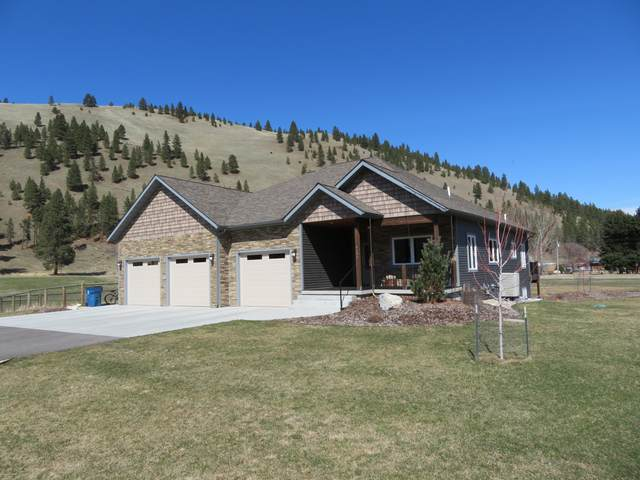 9695 Hatton Lane, Lolo, MT 59847 (MLS #22104238) :: Peak Property Advisors