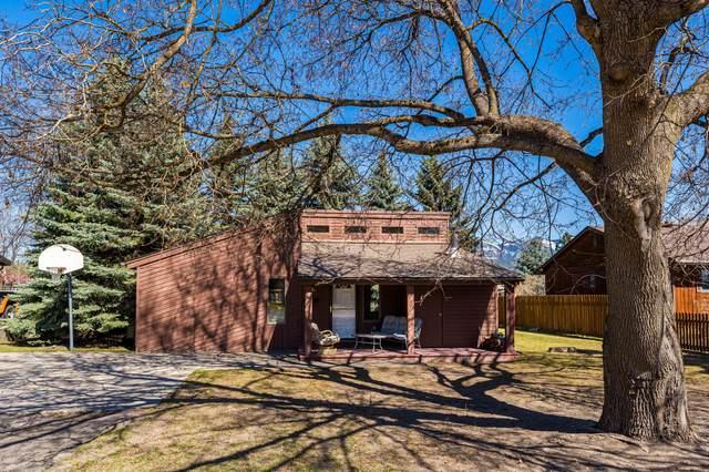 220 Fox Farm Court, Whitefish, MT 59937 (MLS #22105399) :: Montana Life Real Estate
