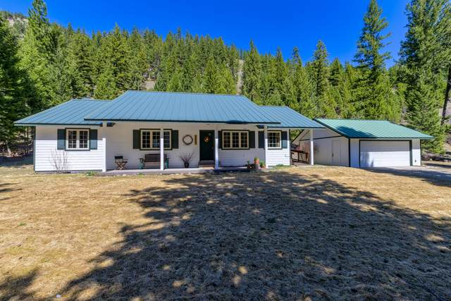 10480 Hummers Crest, Lolo, MT 59847 (MLS #22105939) :: Peak Property Advisors