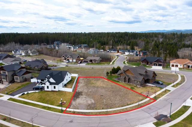 252 Vista Drive, Whitefish, MT 59937 (MLS #22106041) :: Montana Life Real Estate