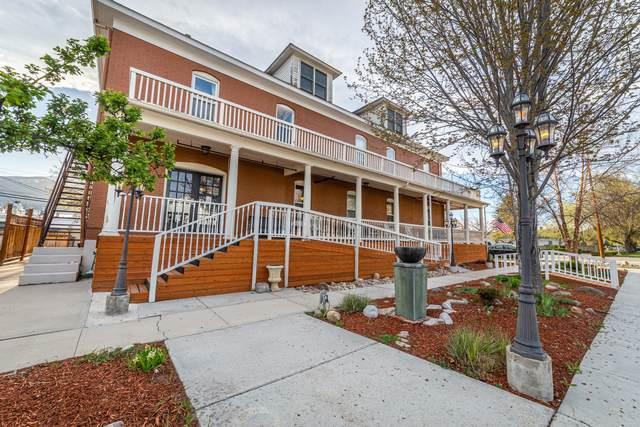 107 E 3rd Street, Stevensville, MT 59870 (MLS #22106430) :: Peak Property Advisors