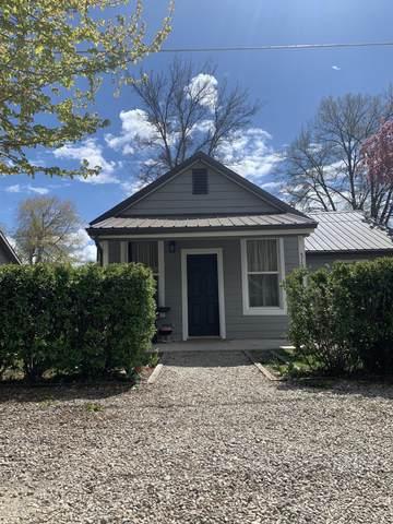 319 E 2nd Street, Corvallis, MT 59828 (MLS #22106832) :: Peak Property Advisors