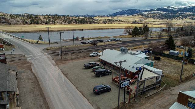 105 Bridge Street, Wolf Creek, MT 59648 (MLS #22108815) :: Andy O Realty Group