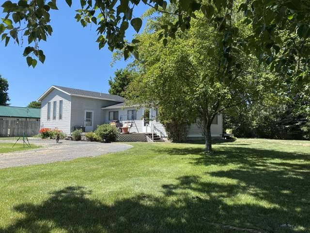 1043 Old Corvallis Road, Corvallis, MT 59828 (MLS #22108917) :: Peak Property Advisors